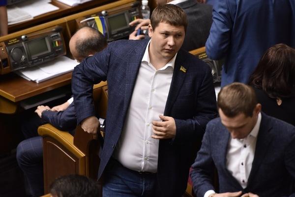 """Відомий правозахисник вимагає порушити кримінальну справу проти нардепа від """"Слуги народу"""" Медяника"""